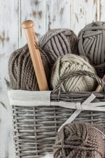 6 Jumbo Yarns for all Your Chunky Knit Projects – All Tested